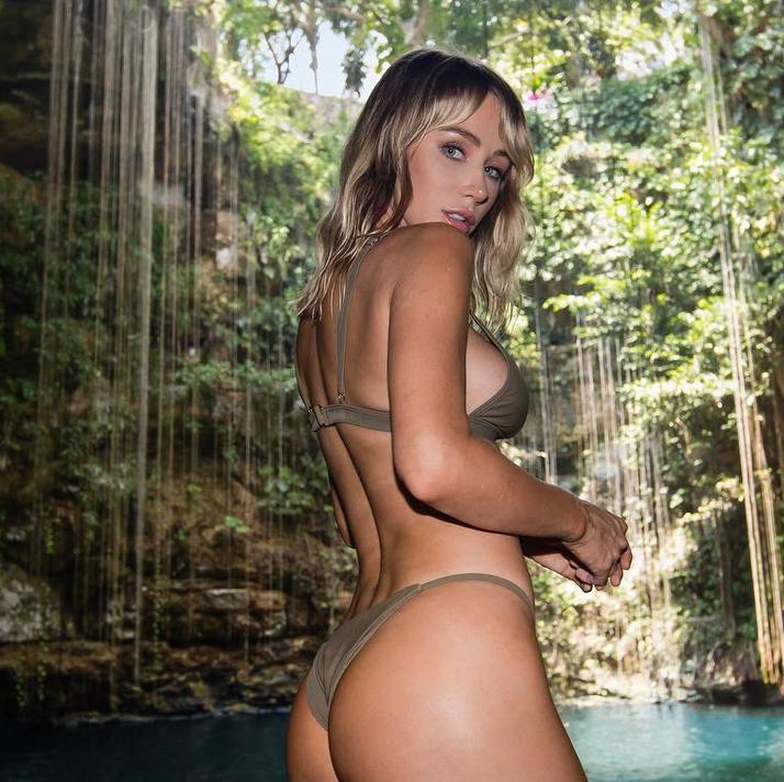 Sara Jean Underwood Shows Off Her Bountiful Bikini Backside [SFW PIC]
