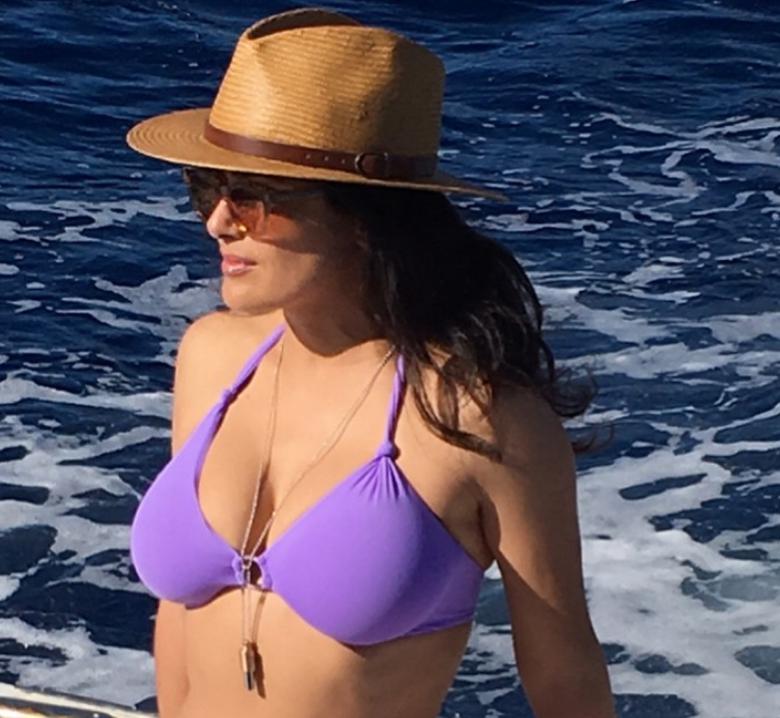 Salma Hayek's Sizzling Bikini Pic Just Set Instagram Ablaze
