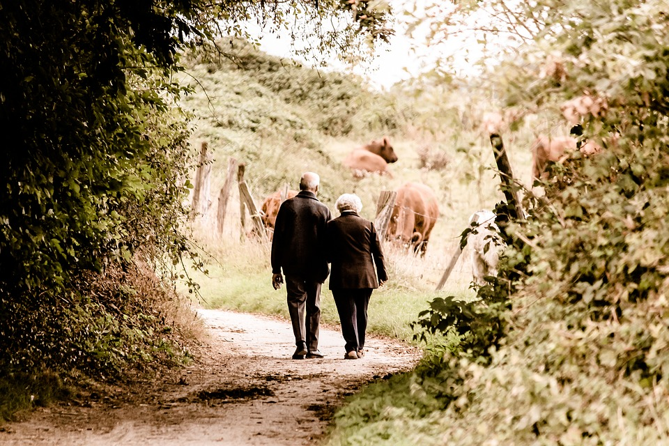 Having Sex Weekly as You Age 'Improves Brain Function'