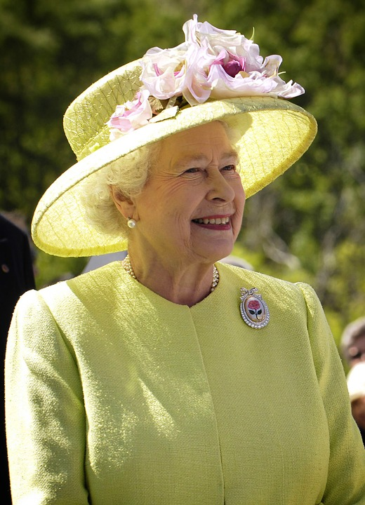 Official Bra-Fitter Of Queen Of England Loses Their Gig
