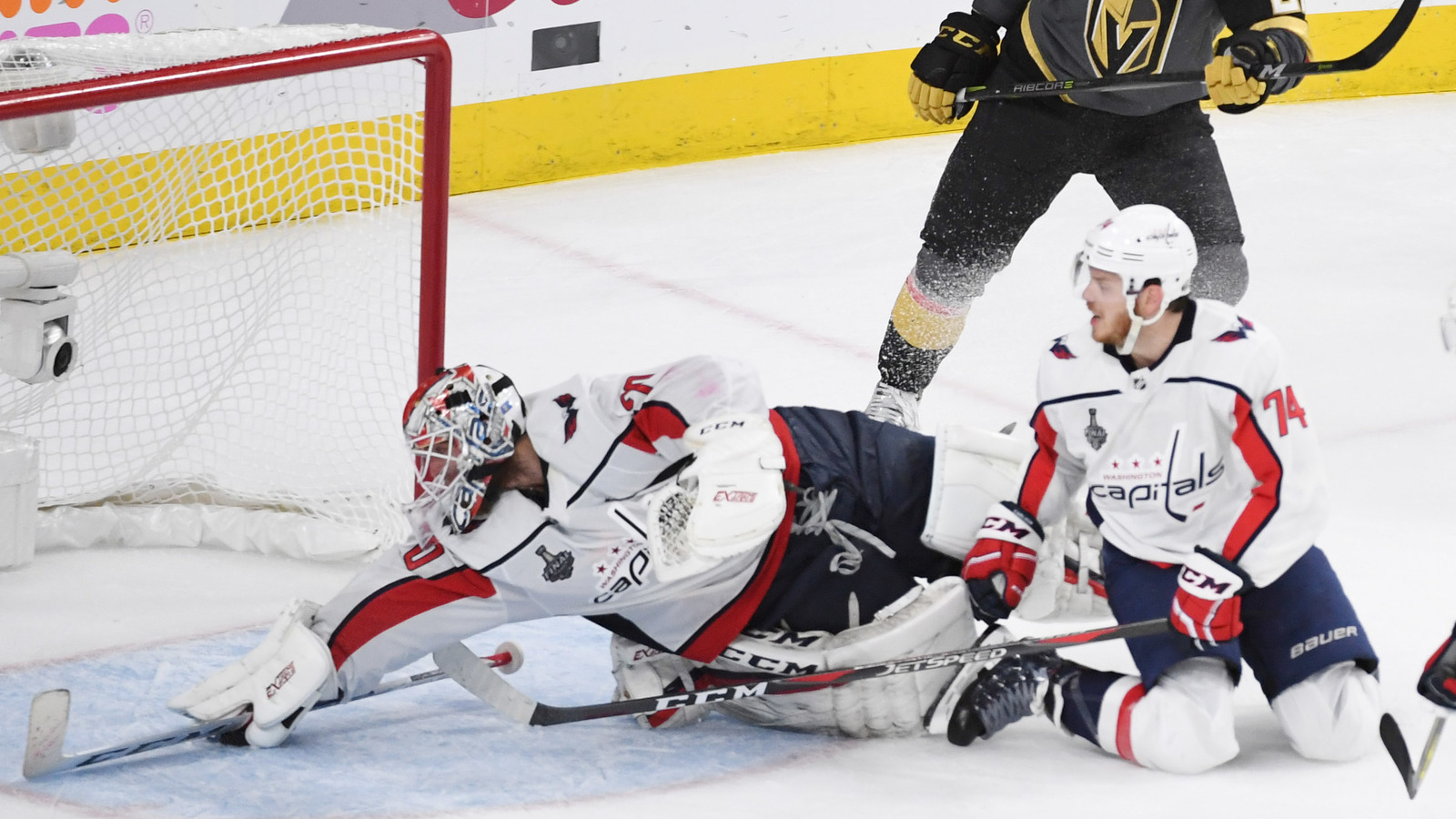 Washington Capitals Goalie Braden Holtby Makes Incredible Save to Even Stanley Cup Finals 1-1
