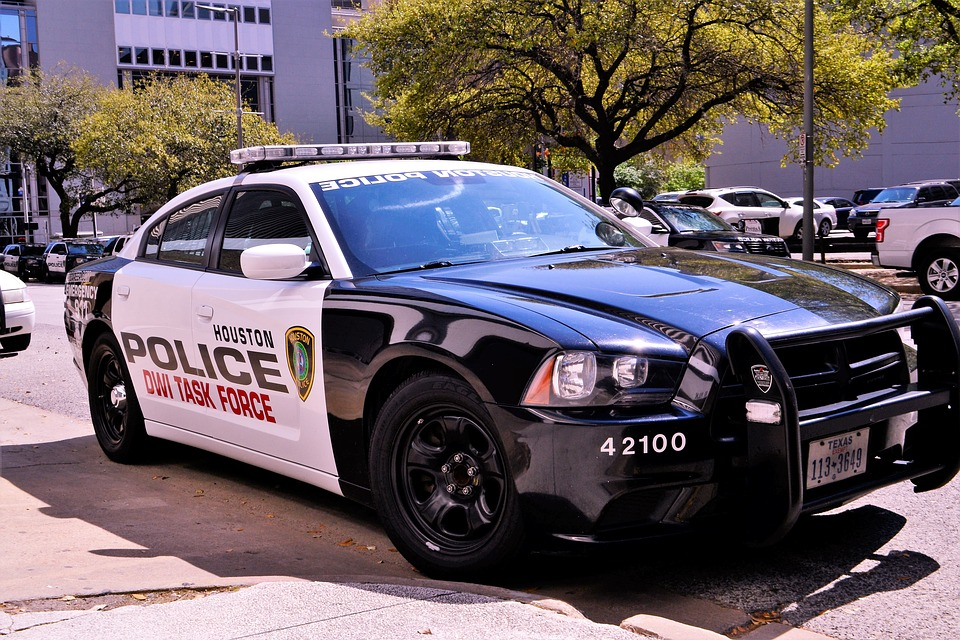 Kansas Police Are No Longer Allowed to Have Sex With People in Custody