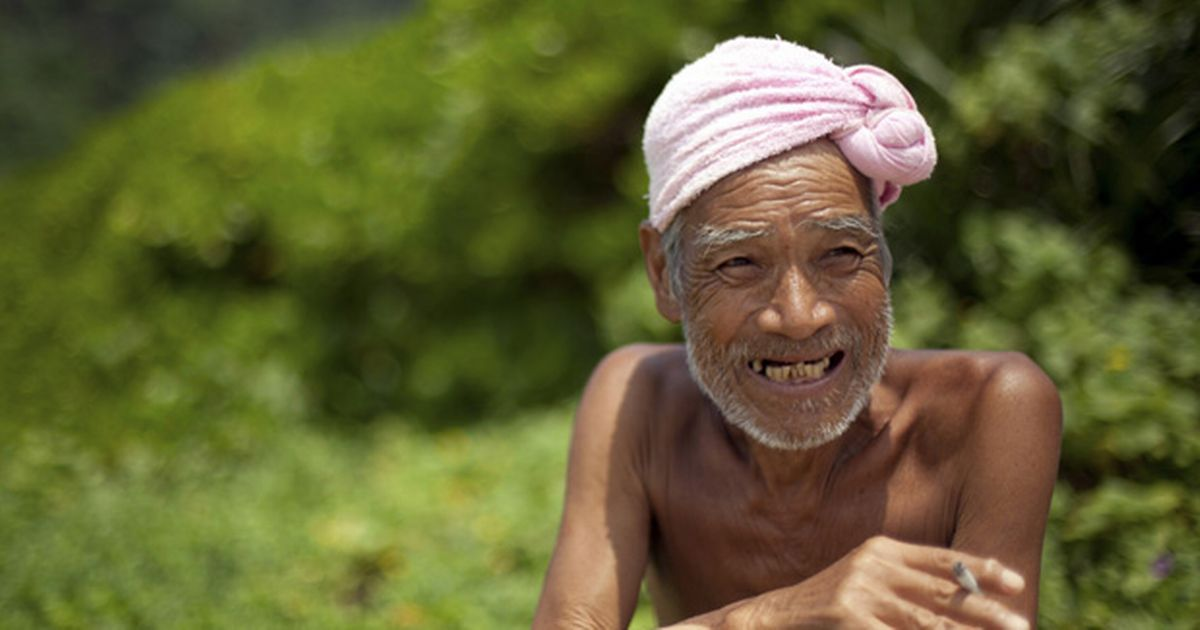 """After Nearly 30 Years, Japan's """"Naked Hermit"""" Returned To Civilization"""