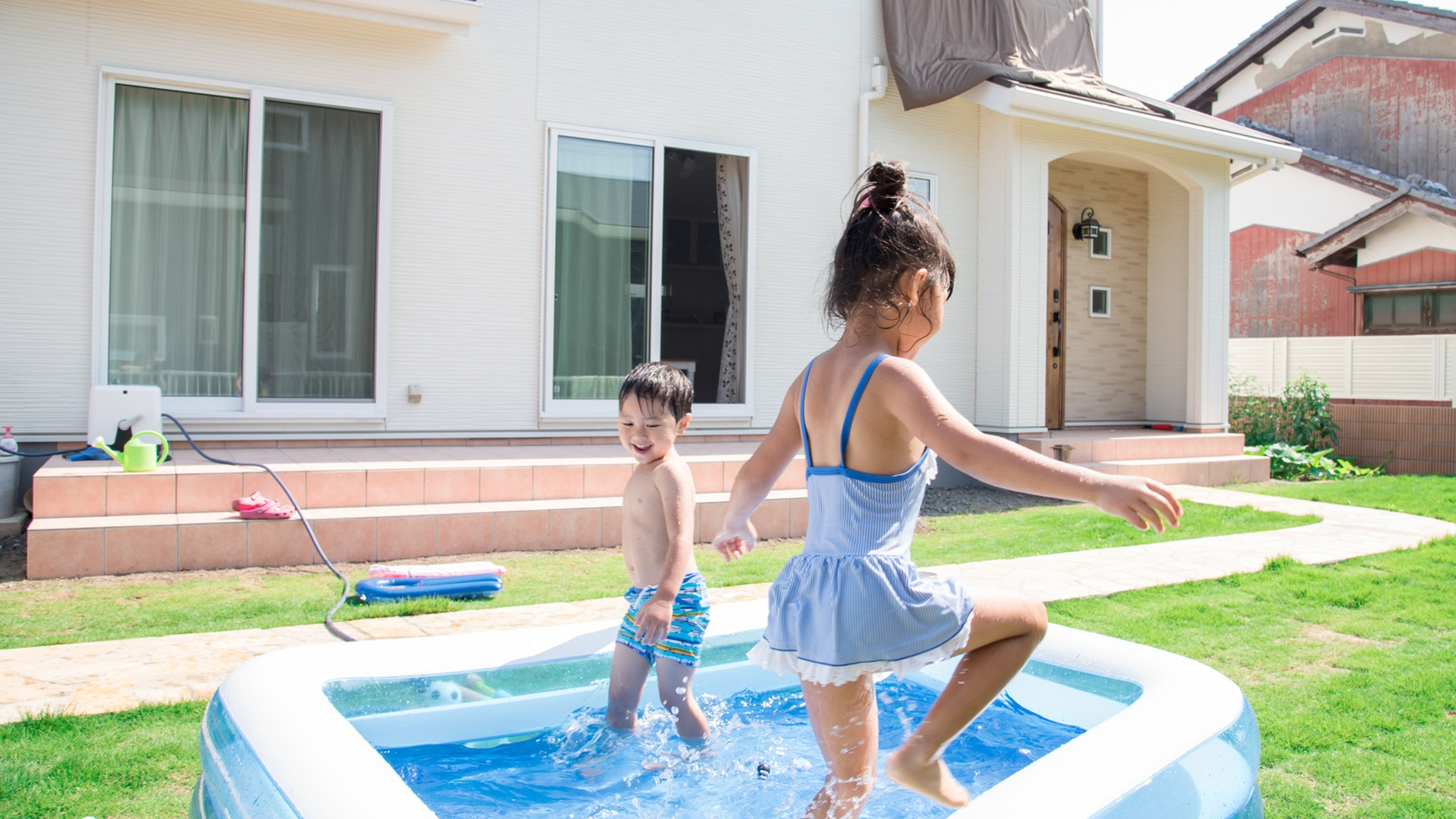 7 Gross Facts About Kiddie Pools, Because There's So Much More Than Just Water