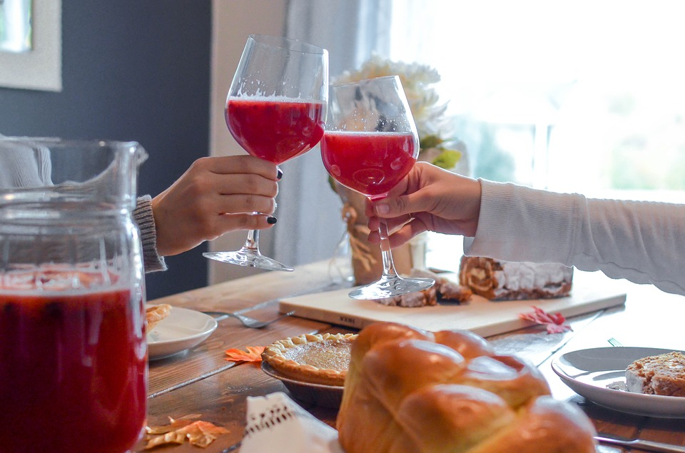 5 Tips for Surviving Narcissistic In-Laws Over the Holidays