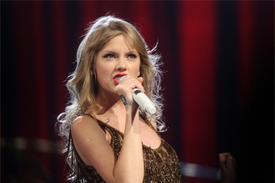 What's Taylor Swift Up To, Part 2