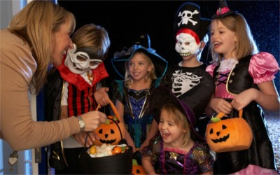 Here's The Trick-Or-Treat Hours For Our Area