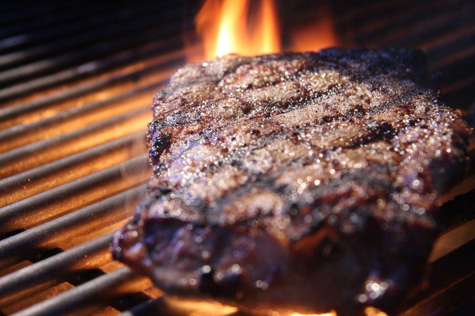 11 Mistakes To Avoid When Grilling Steaks
