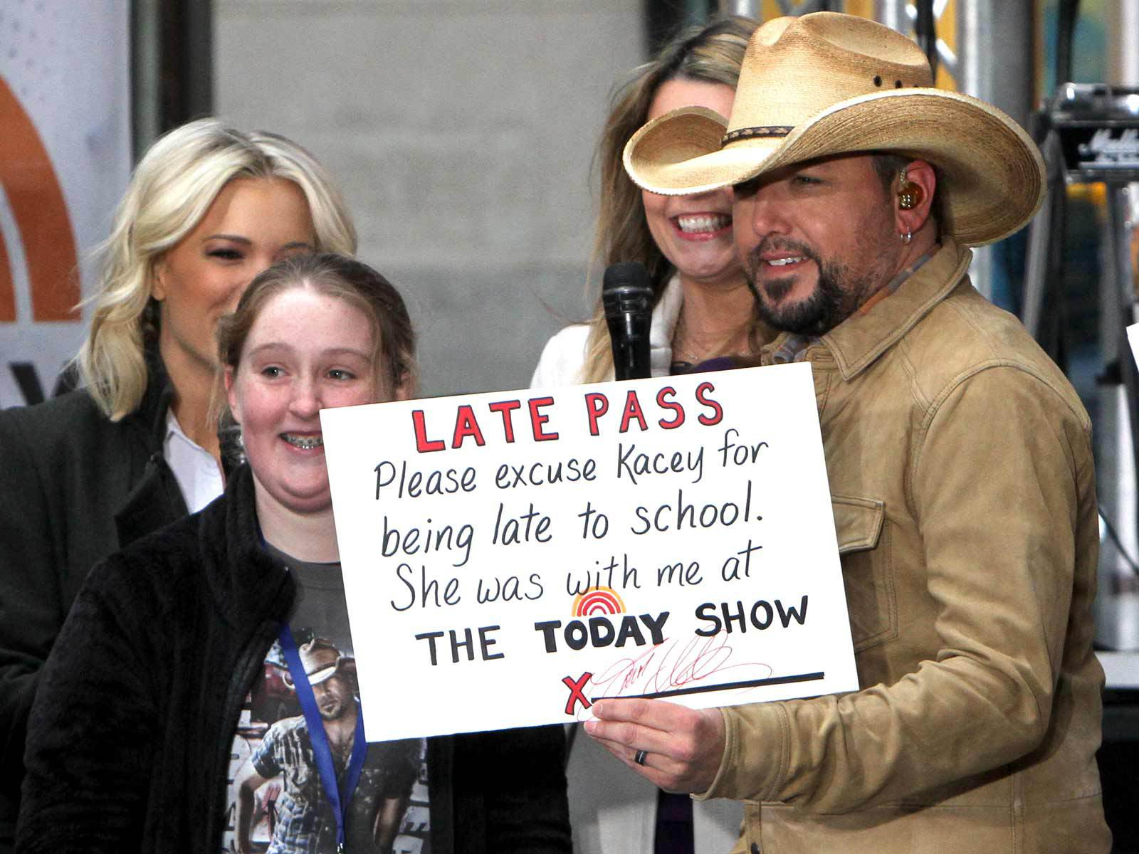 Jason Aldean is now signing tardy excuses