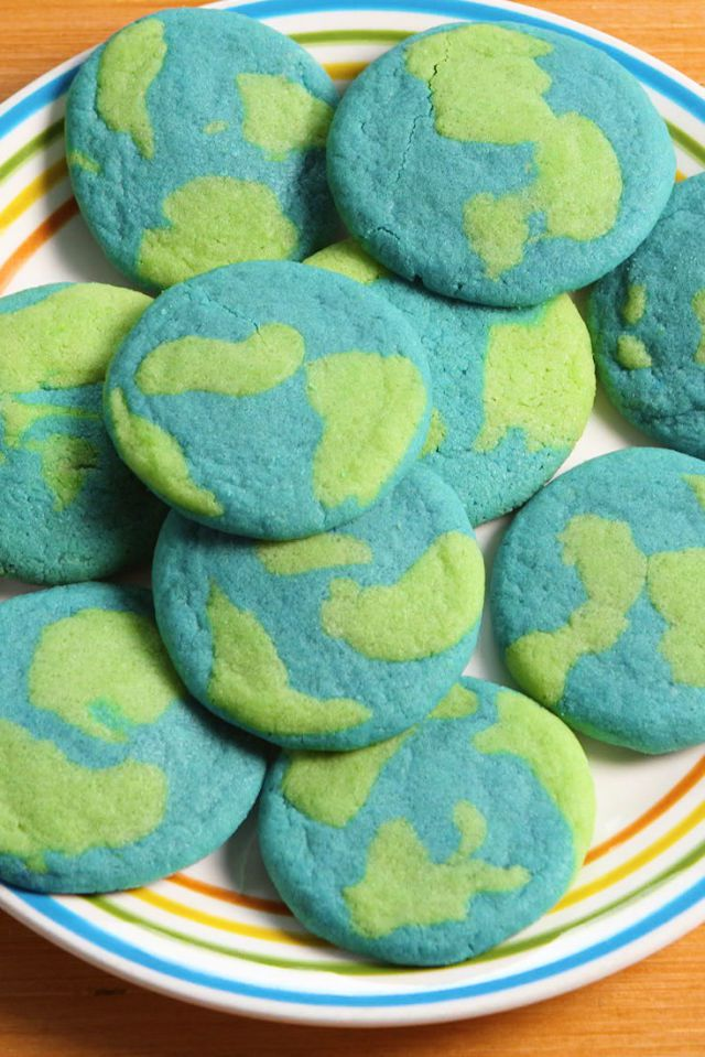 Toddler Tuesday Earth Cookies