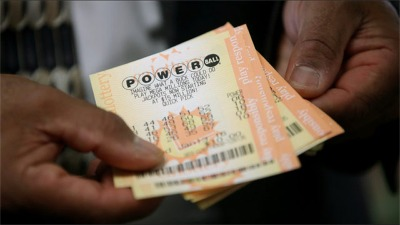 Didn't Win The Mega Jackpot Tuesday? Powerball's Now Closing In On $750 Million!