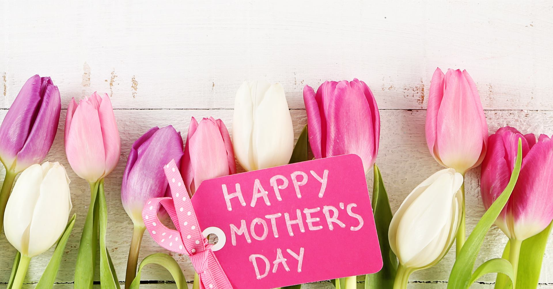 Planning the Perfect Mother's Day for Mom