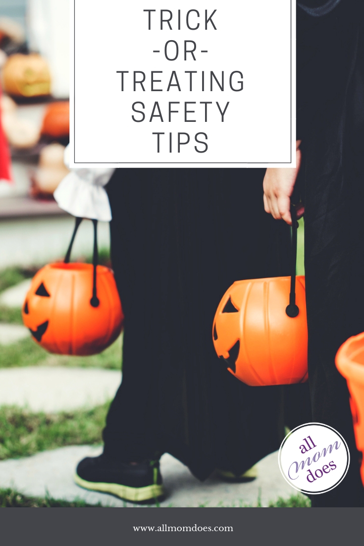 Halloween Safety Tips for Trick or Treating #halloween #safety