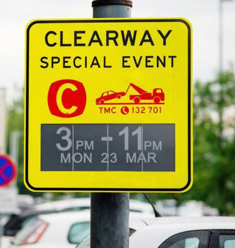 Should Geneva Get Changeable Parking Signs?
