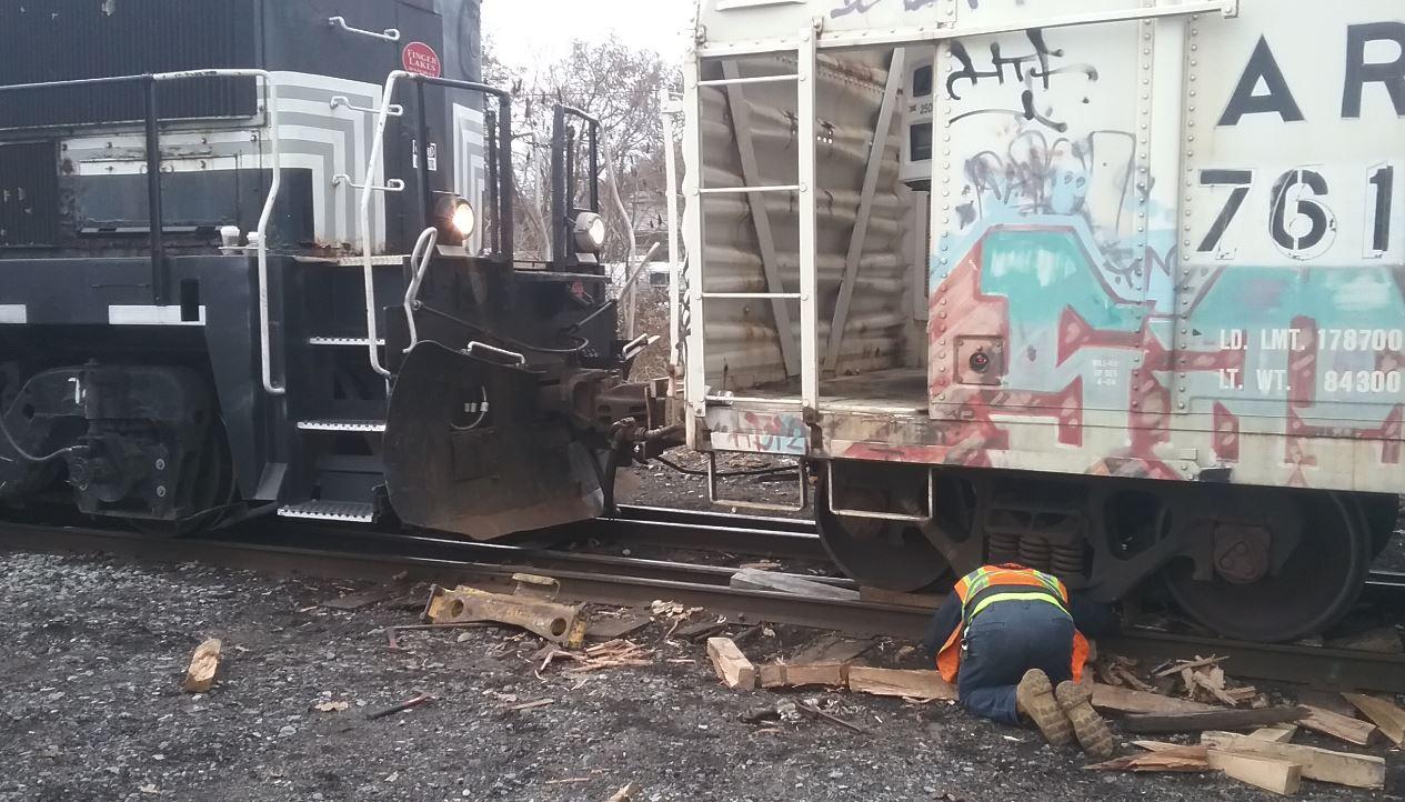 Minor Train Derailment Slows Traffic In Auburn