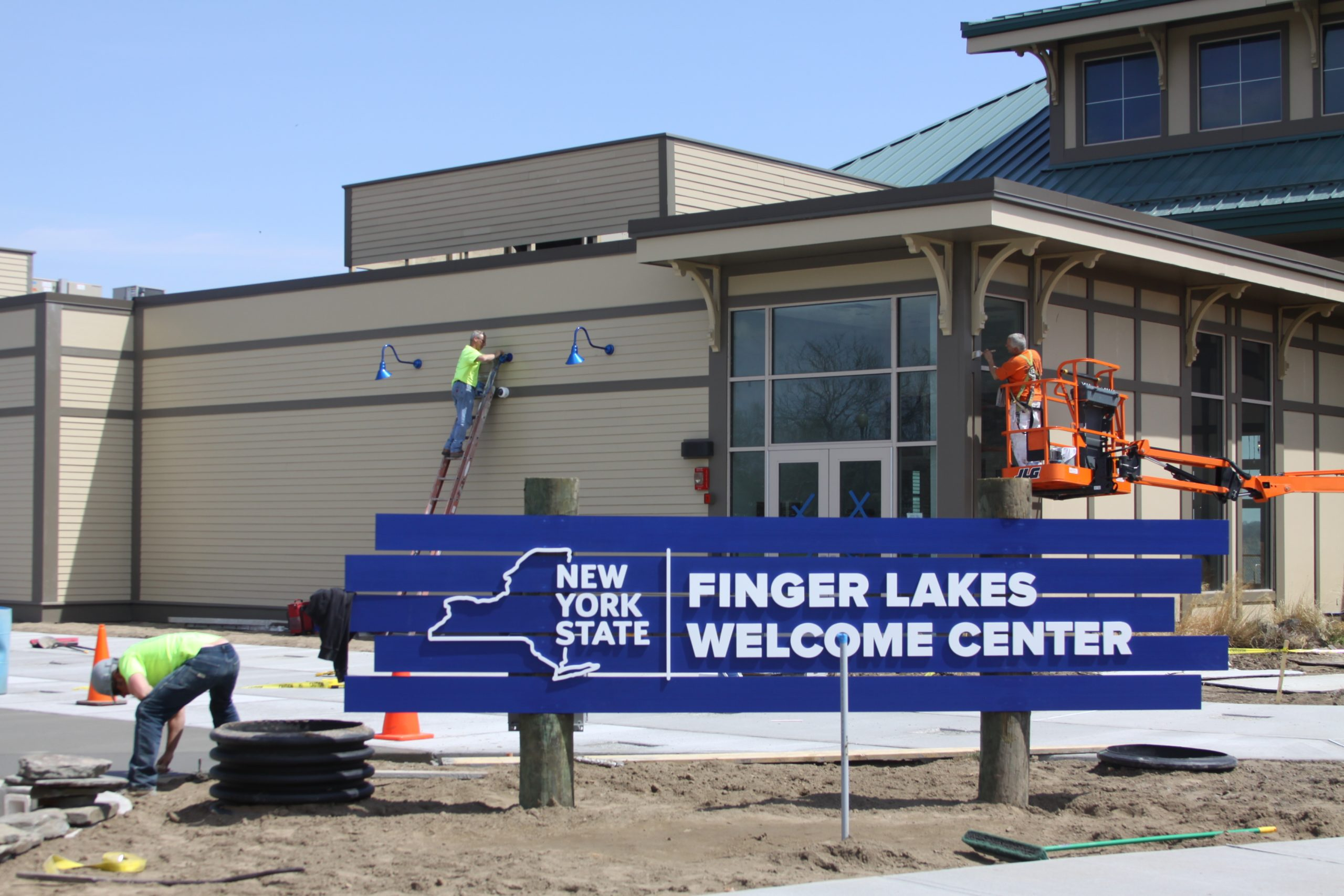 Gov. Cuomo To Open FL Welcome Center Today