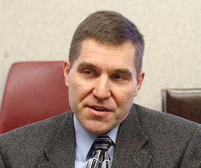 Ex-Seneca County manager pleads not guilty