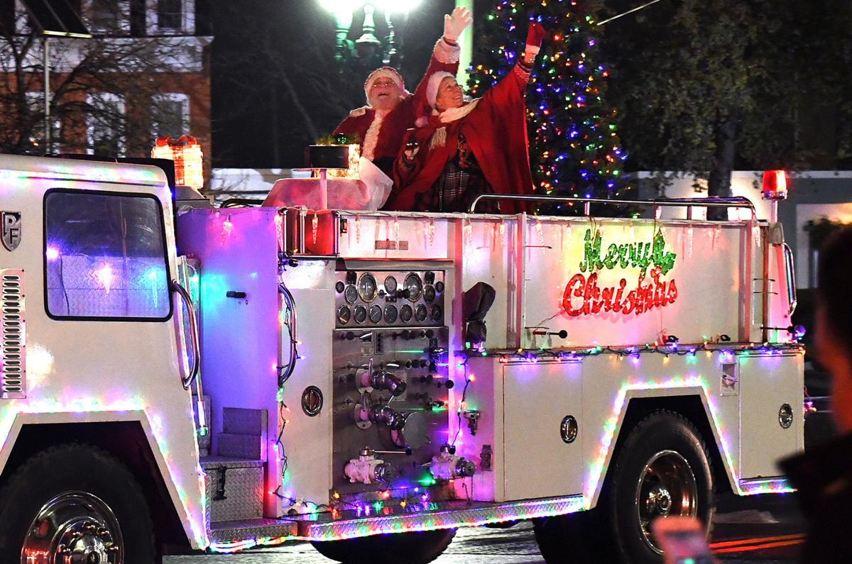 Auburn's 32nd Holiday Parade Saturday