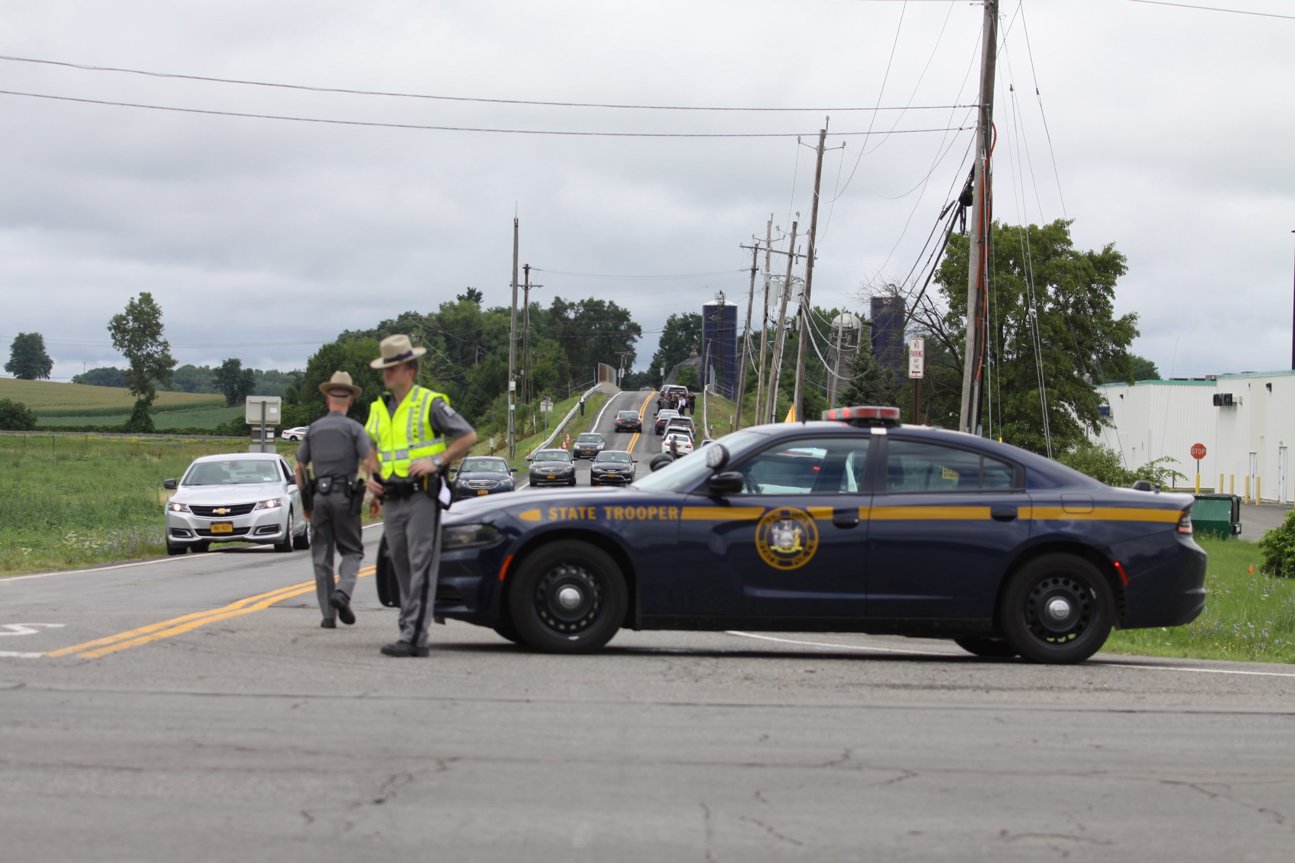 Officials say manhunt for homicide suspect continues in Seneca County