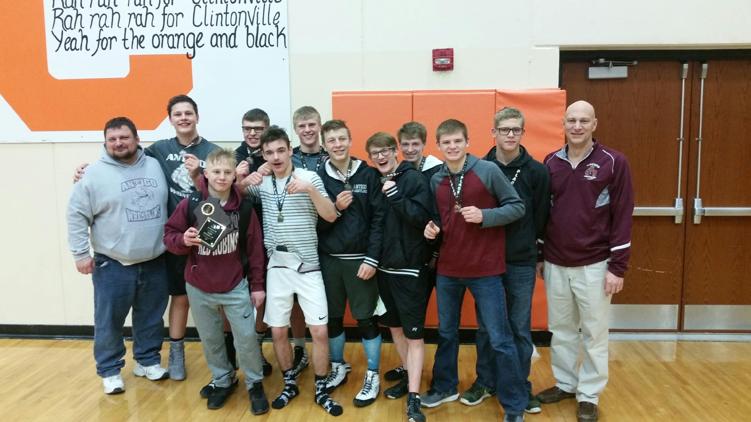Robin Grapplers take 2nd at Trucker Invitational