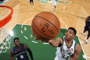 Antetokounmpo FallsShort of NBA Defensive Honors