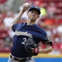 Brewers Put Davies On 10-Day DL