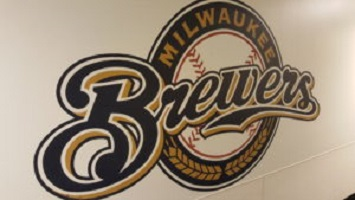 Brewers Use Long Ball to Beat Padres