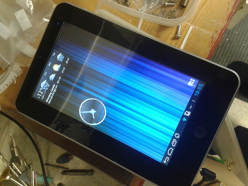 "Lost: A black 7"" Android Tablet"