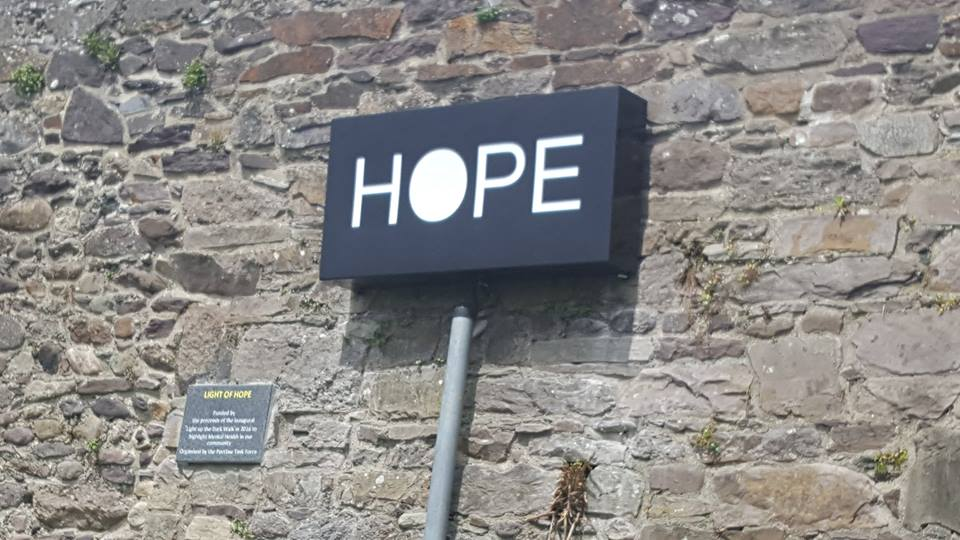 Portlaw Task Force to replace vandalised light of Hope.