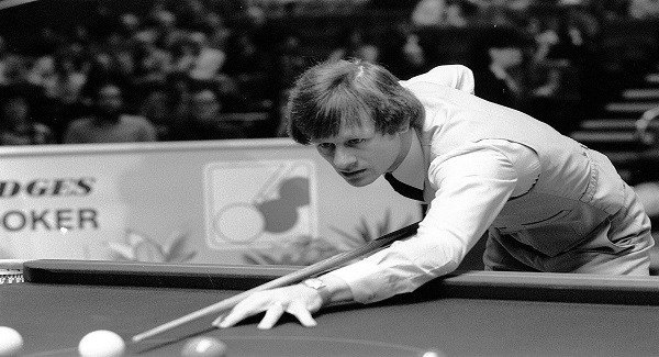 Alex Higgins would have smashed camera phones against the wall