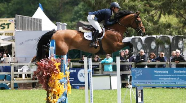 Waterford rider takes victory in opening international competition at the Horse of the Year Show