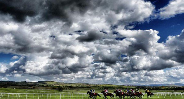 Punchestown gets go-ahead but weather hits UK racing