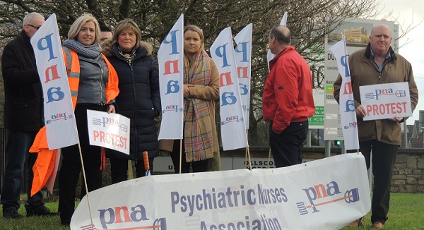 Waterford Psychiatric Nurses hold protest over 'crisis' in psychiatric service provision