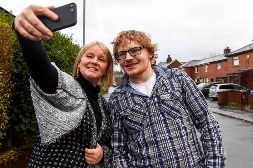 Ed Sheeran lookalikes, Tadgh the giraffe and more white Creme Egg rants from Sean Defoe this week