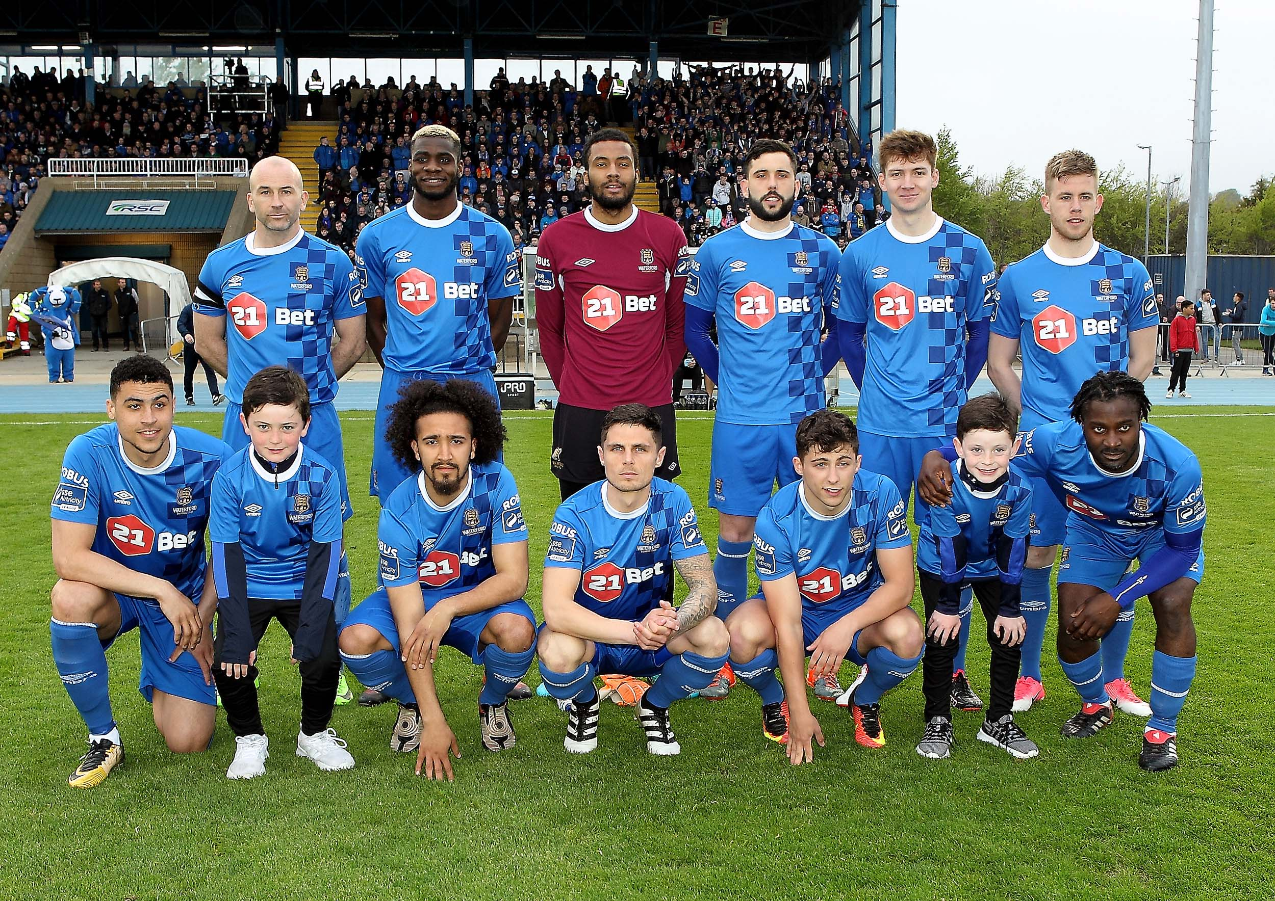 Waterford FC hoping to make it three straight league wins as the Blues face Shamrock Rovers this evening