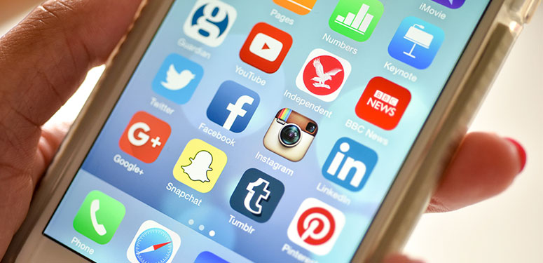 Use of social media for news amongst Irish consumers declines while understanding of how news appears in their social media feeds remains low.