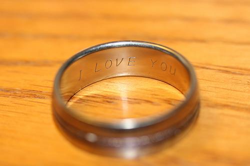 Found: a ladies wedding ring