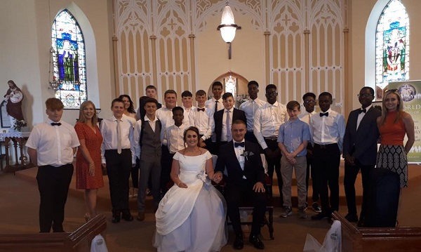 Waterford school choir perform at teacher's wedding