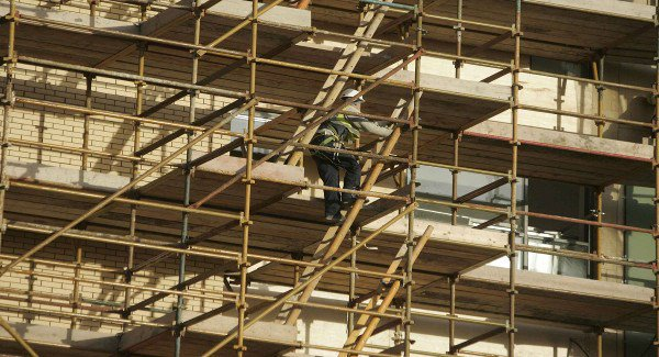 Tax breaks proposed to attract construction workers home to Ireland.