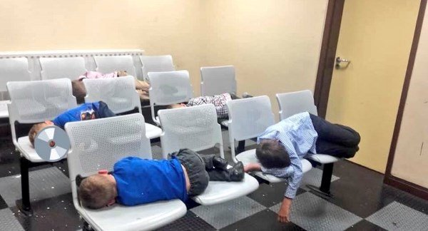 'I feel disgusted as a mother' says mother of six kids who slept in Garda station
