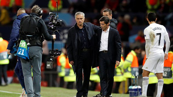 Mourinho shows restraint as United's poor run continues against Valencia