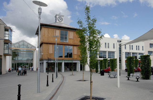 Win €500 worth of vouchers for Dungarvan Shopping Centre
