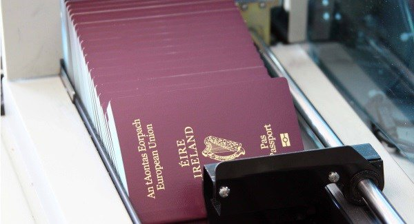 New service to allow people to renew their passports online