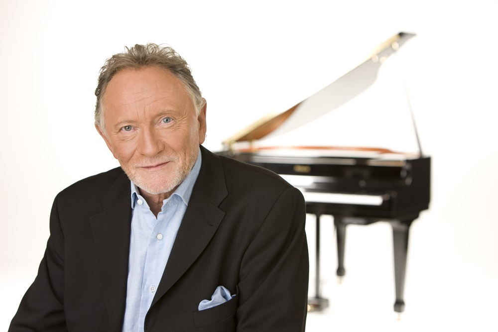 Geoff caught up with Phil Coulter on The Lunchbox today