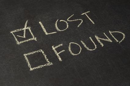Lost: a 2 tone grey wallet
