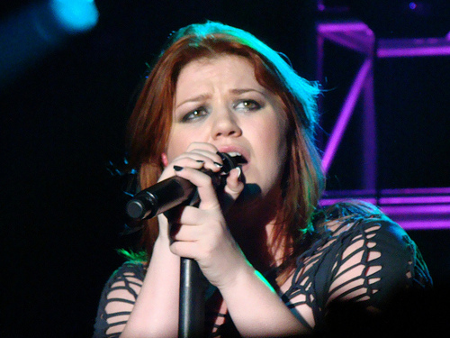 Goosebumps Alert: Kelly Clarkson Memorial Day Weekend National Anthem At The 500...