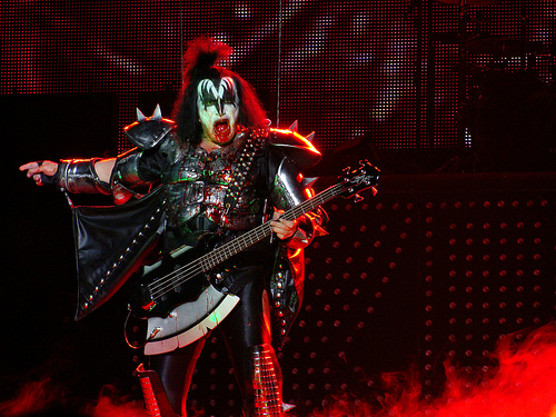 KISS Announce End of the Road Farewell Tour [VIDEO]