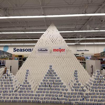 Grand Chute Meijer store sets world record