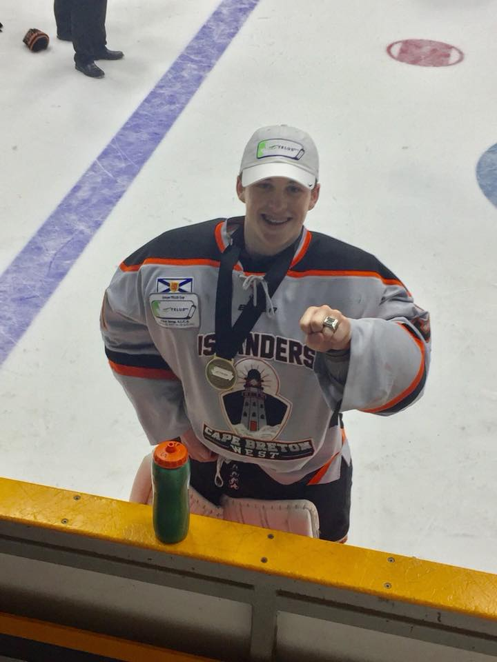 Mooseheads release West Islanders' goalie from training camp