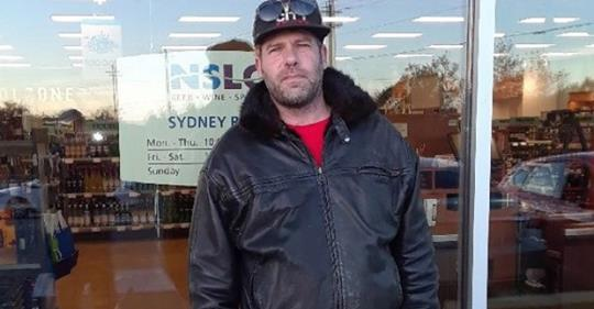Ashley MacIsaac first in line for legal pot at Sydney River NSLC